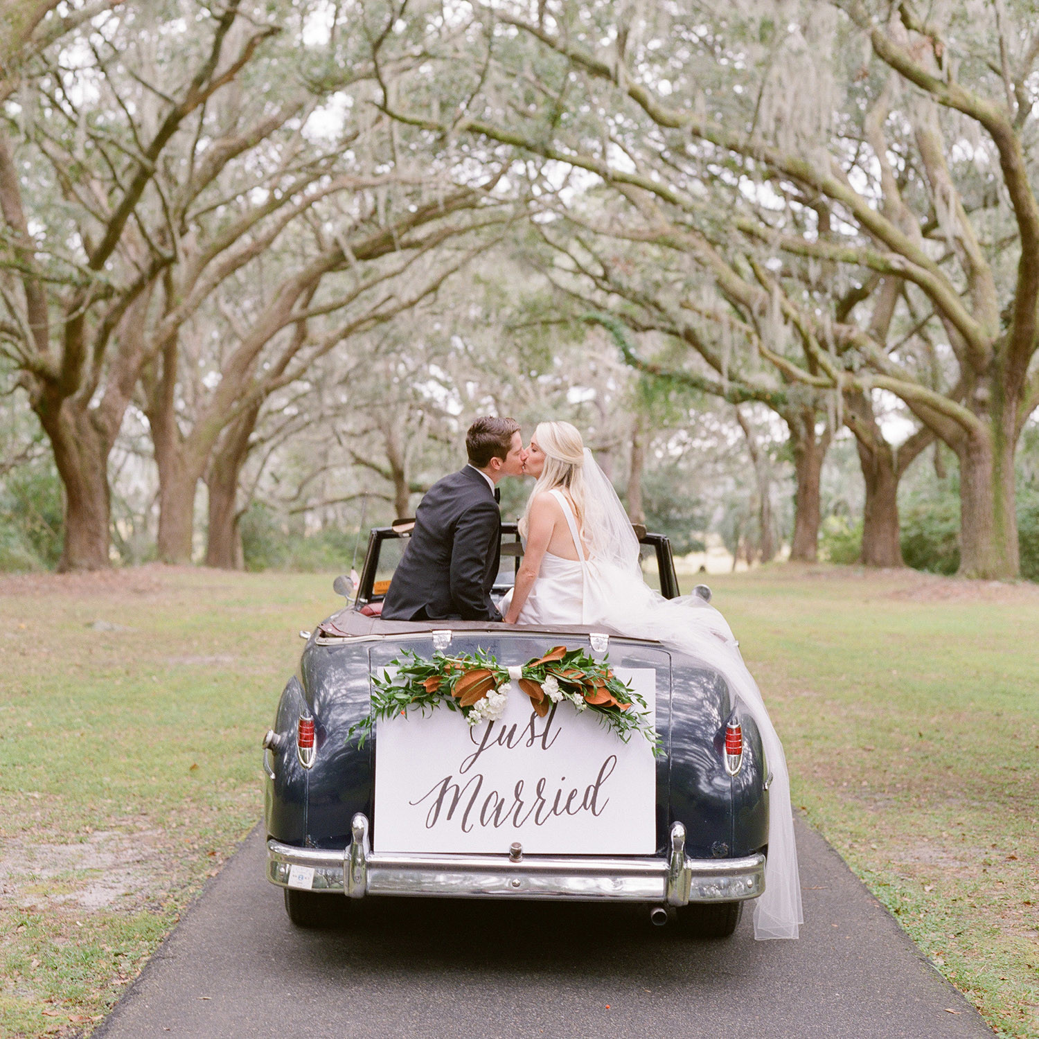 Legare Waring House Weddings by Virgil Bunao a Charleston Weddings, Kiawah Weddings by Charleston Wedding Photographer