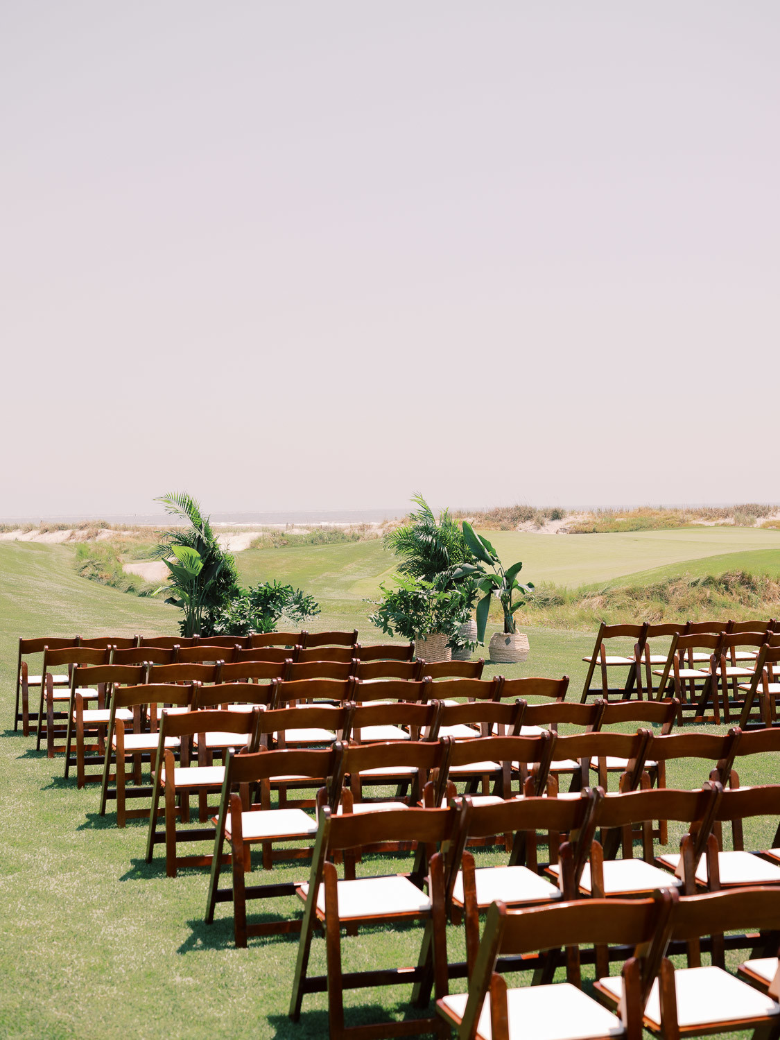 Charleston Wedding Photographers Virgil Bunao Kiawah Island Oceancourse Wedding